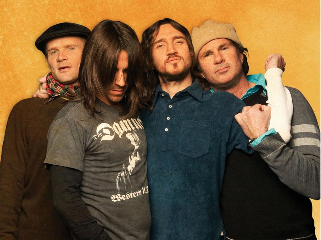 http://4.bp.blogspot.com/_dj1F_RyaFdQ/TPboAbu4RGI/AAAAAAAAAFE/hiJ-crkhmIo/s1600/Red_Hot_Chili_Peppers.jpg