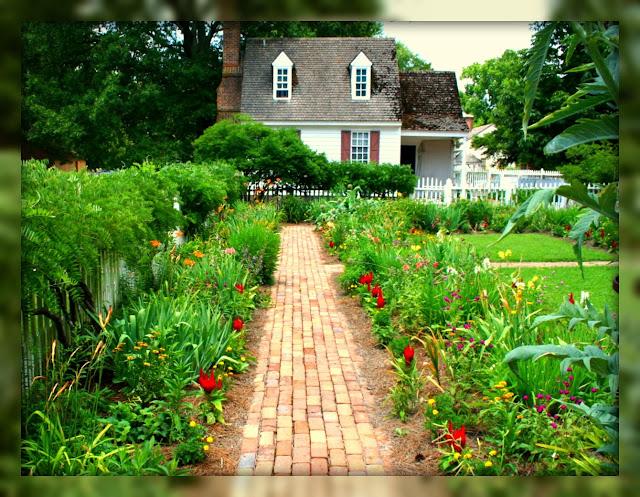 Living In Williamsburg, Virginia: Backyard Garden, Colonial ...