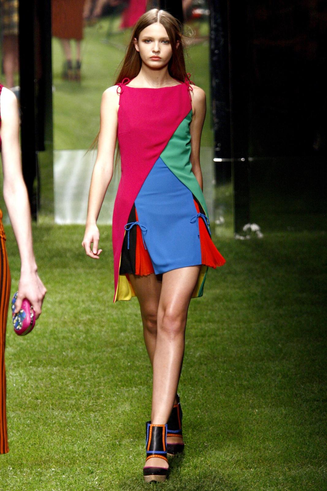 Платья: Игра На Контрасте Цветов