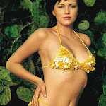 Yana Gupta - Photos