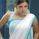 Indian Actresses With Sleeveless Blouse