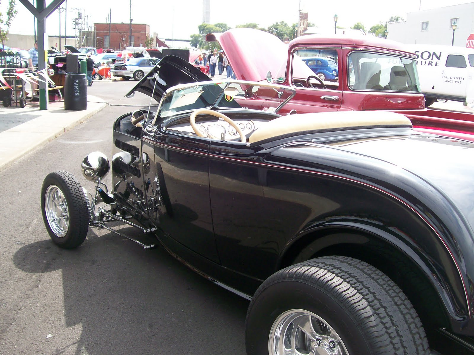 definition of a hot rod.