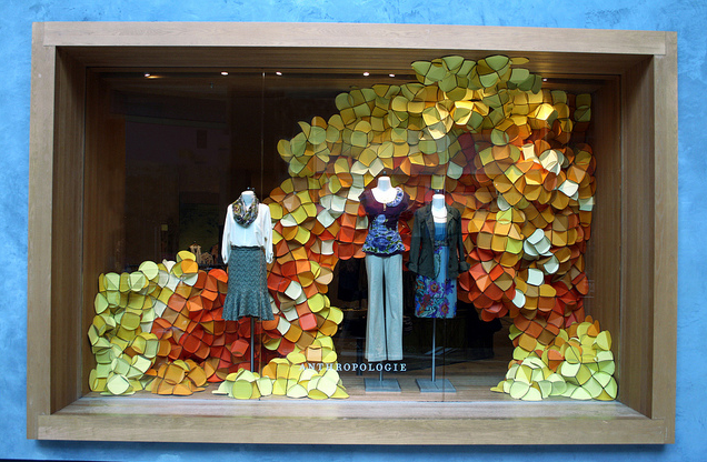 Monday inspiration anthropologie store displays fresh for Anthropologie store decoration ideas