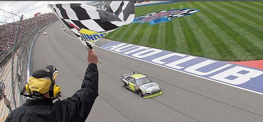 NASCAR: Johnson ganó en California