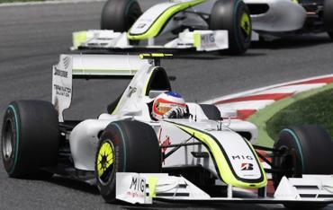Barrichello ganó en Monza y se mete en la pelea