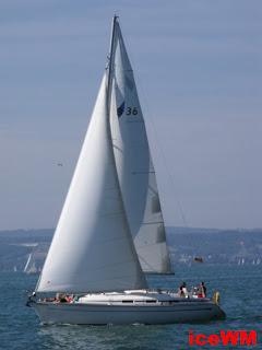 Ein Segelschiff auf dem Bodensee