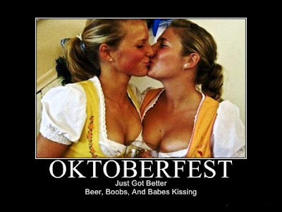 Sexy Hot German Women - Oktoberfest Beer Girls Kissing