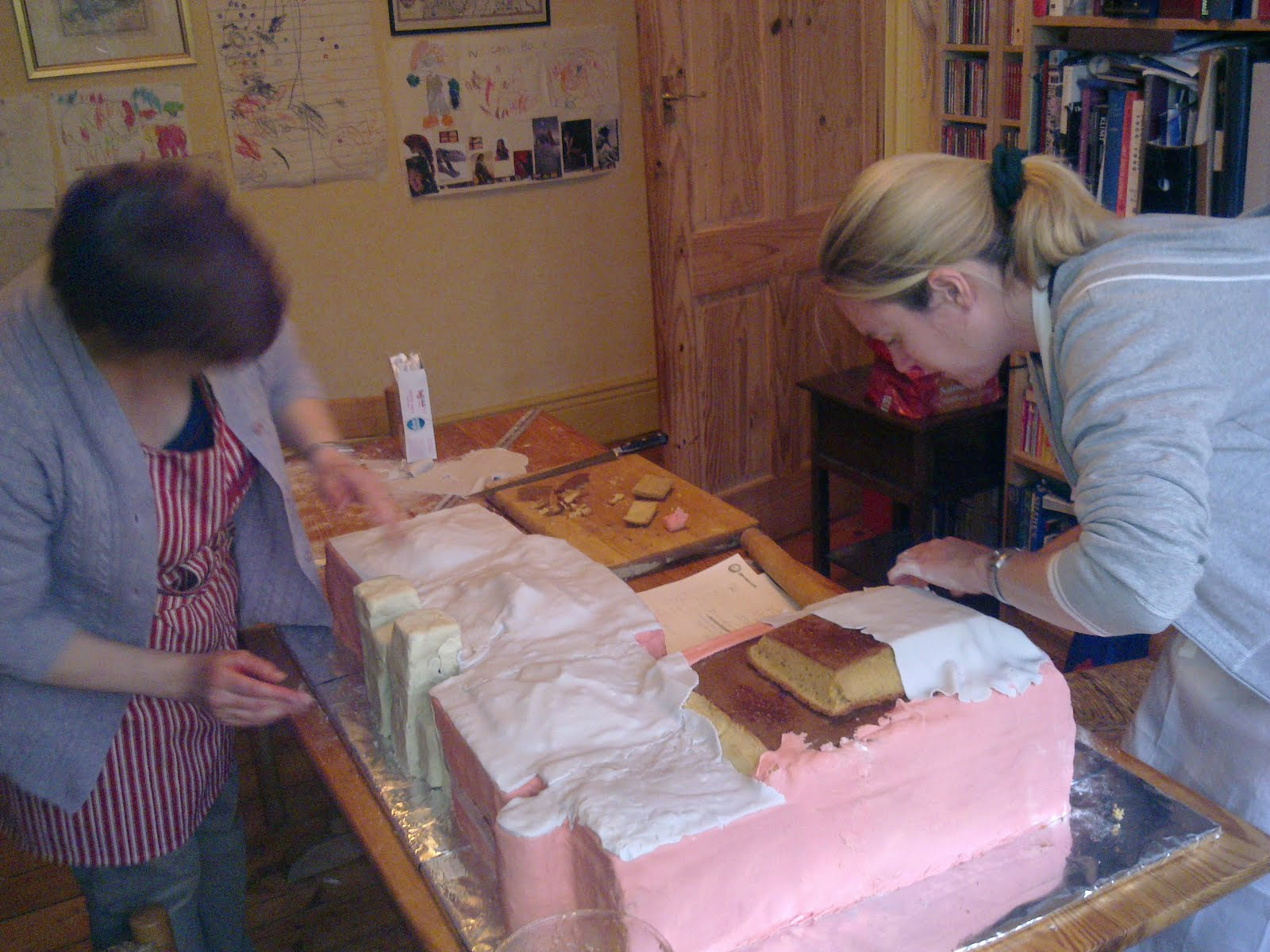 ... mountain: In which we build Gateshead Central Library out of cake