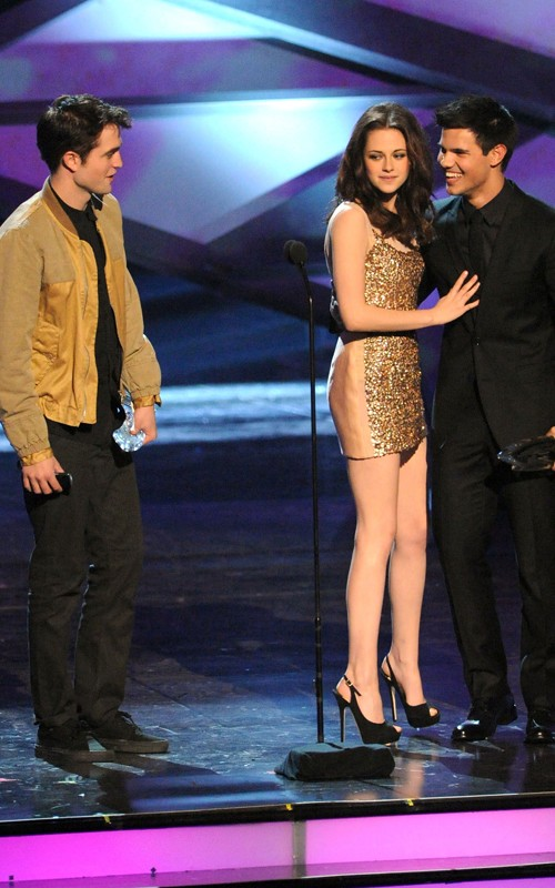Robert Pattinson, Kristen Stewart y Taylor Lautner en los People's