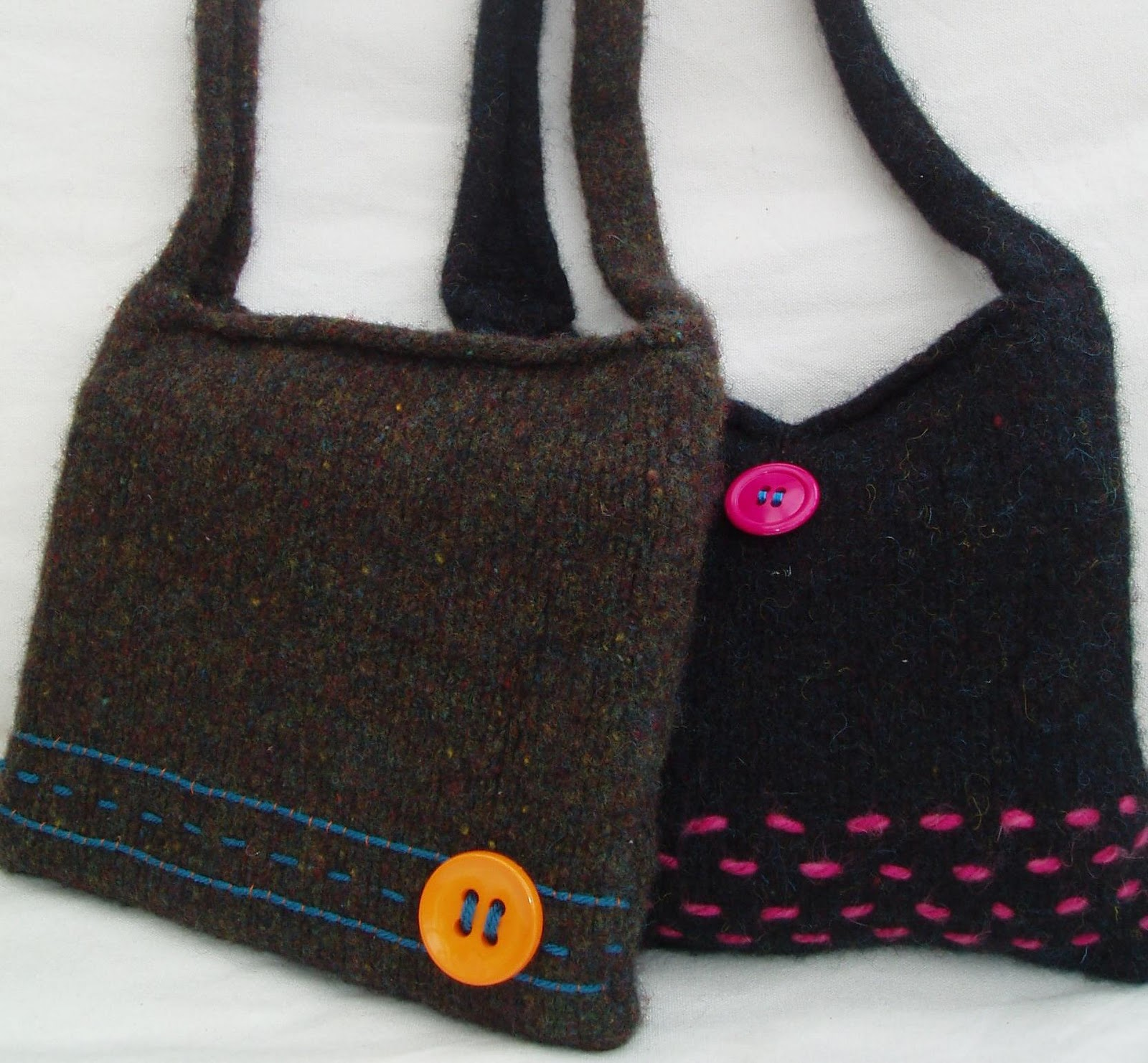 Knitted Bag Patterns For Beginners : ... bag. Including how to knit and felt instructions, pattern, needles