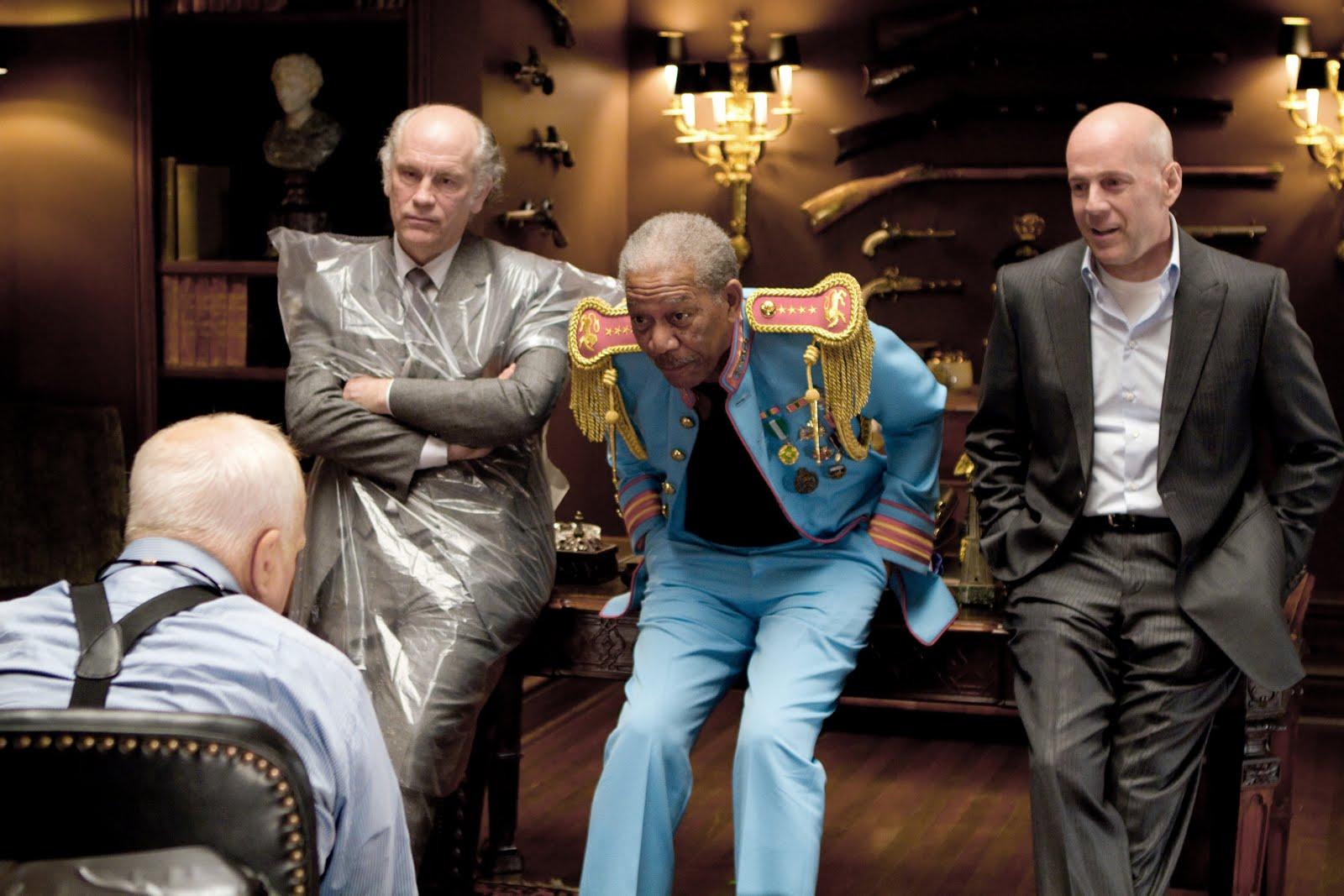http://4.bp.blogspot.com/_dzcPSyuN2Nk/TLpPRp457AI/AAAAAAAABNo/rOHlbebZQnU/s1600/Red_Movie_Image-_Bruce_Willis_Morgan_Freeman.jpg
