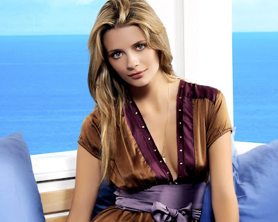 Mischa Barton Widescreen Wallpaper