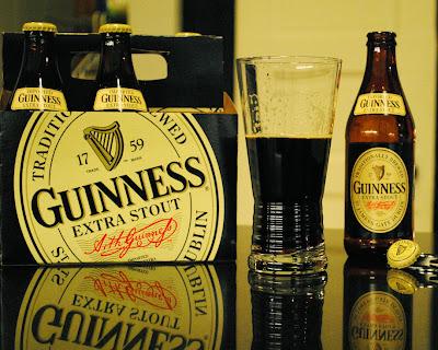http://4.bp.blogspot.com/_e-Hg_wXYjVA/SzV0SlXeesI/AAAAAAAACpY/h0Of195x9lY/s400/Guinness+Extra+Stout.jpg