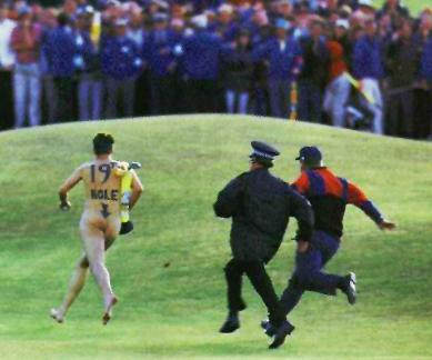 Female Golf Streaker http://www.blowoutcards.com/forums/off-topic/103332-funny-sports-photos.html