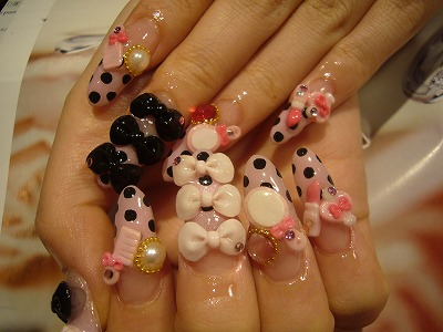 [ribbonnails.jpg]