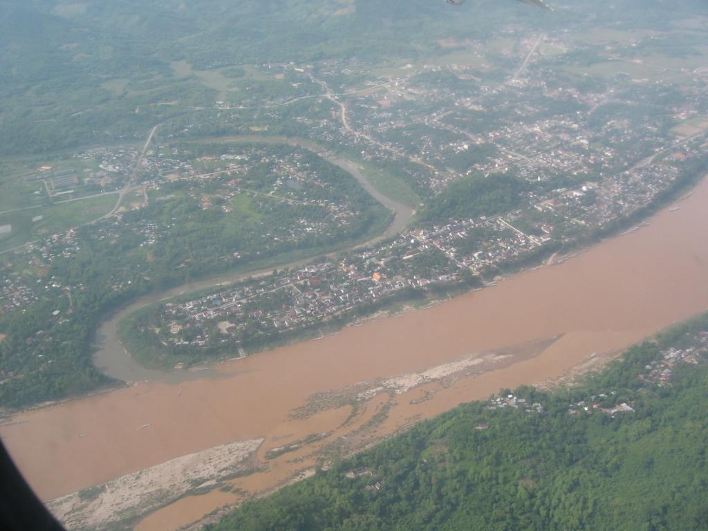 http://4.bp.blogspot.com/_e45GK4i1E8M/TRo5dPgT8fI/AAAAAAAACtI/gvtyKsL1Ip8/s1600/Laos-pao.jpg
