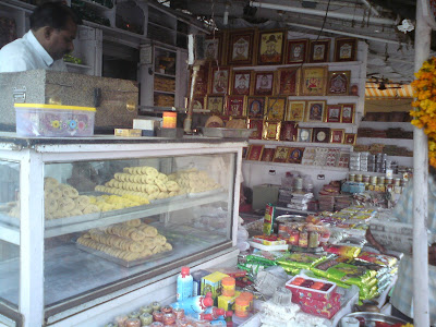 A shop outside the Rani Sati Temple selling a variety of things to take back home