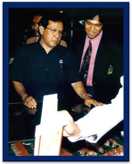 Mantan Menpera Akbar Tanjung dan Ikang Fawzi DPP REI