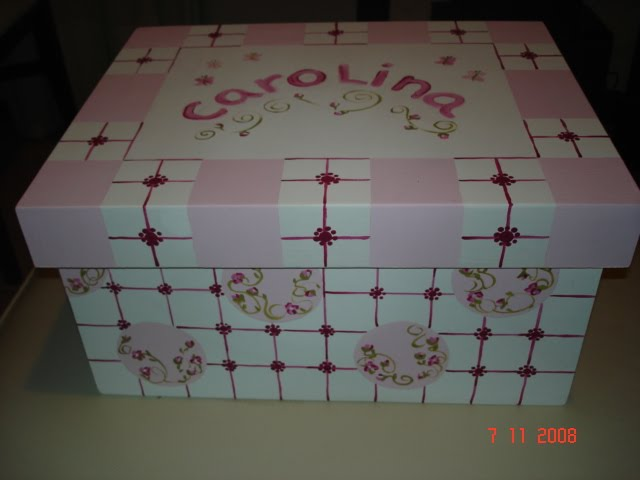 Caja grande en rosa precio $90