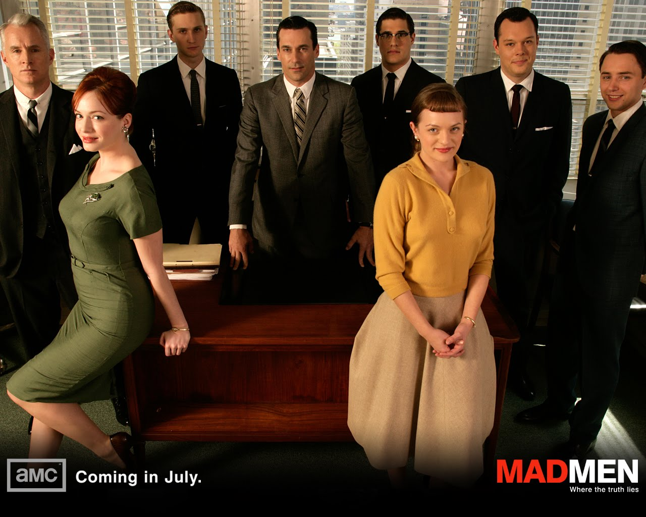 http://4.bp.blogspot.com/_e915SPZdjcI/TFkAVwVZndI/AAAAAAAAAD4/ieSkP6w656c/s1600/Christina_Hendricks_in_Mad_Men_TV_Series.jpg