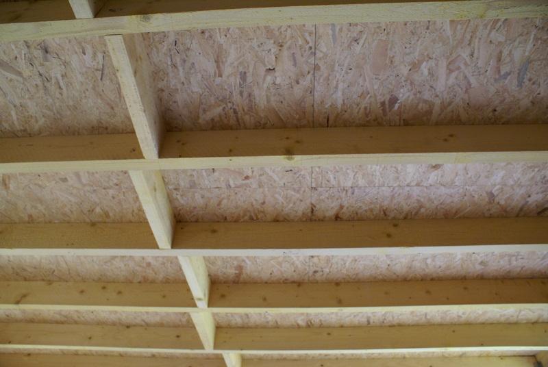 Auto construction bois mise en place du support de toiture en plancher osb - Espacement solive plancher bois ...
