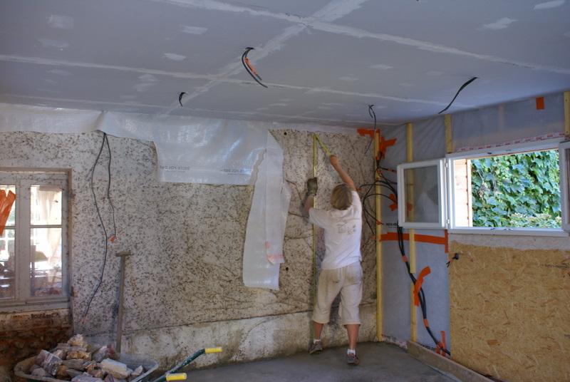 auto construction bois isolation pose du pare vapeur. Black Bedroom Furniture Sets. Home Design Ideas