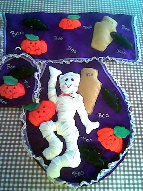 Decoracion Baño Halloween:Juego de baño en fieltro, consta de 3 piezas