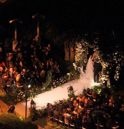 hilary duff wedding pics. Hillary Duff Wedding Picture