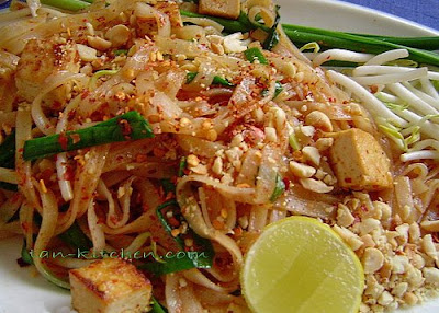 Vegetarian pad thai, Recipe by Tanwiratchada - Petitchef