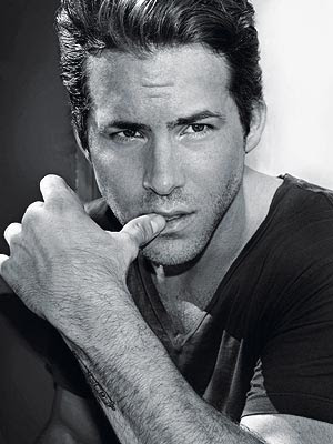 Pics Ryan Reynolds on Iconicc  Upss    Ryan Reynolds