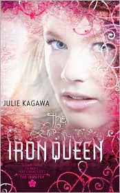 Review: The Iron Queen by Julie Kagawa.