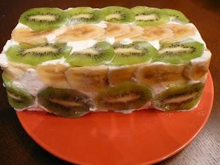 Фруктово-творожный десерт
