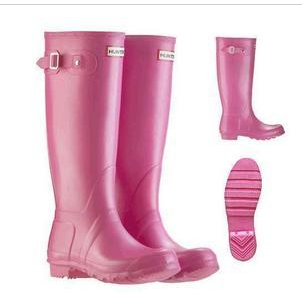 crystal keefer designs: dc cupcakes & hunter boots!