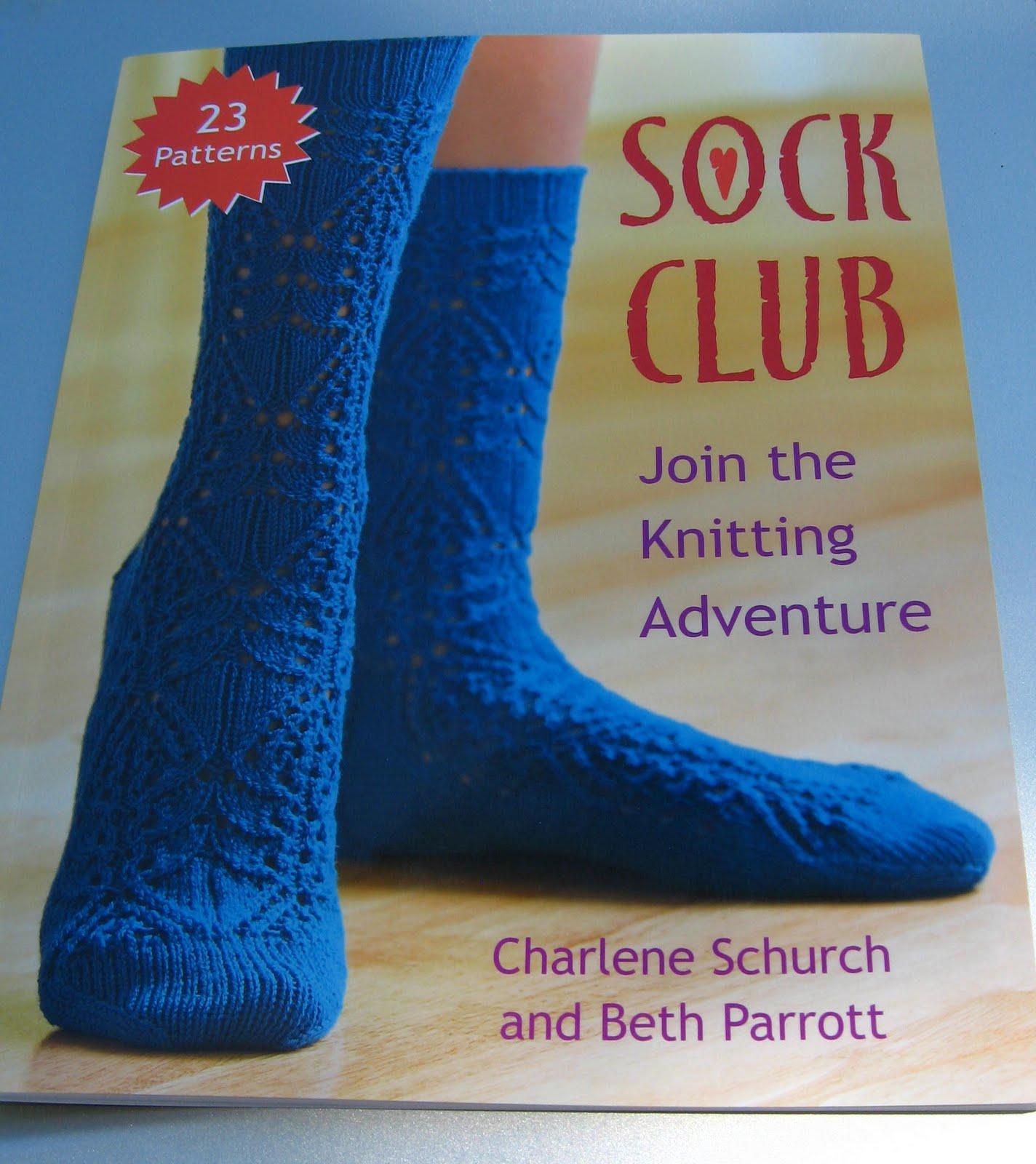 Knitting Club Book : Knitting by the ocean sock club book