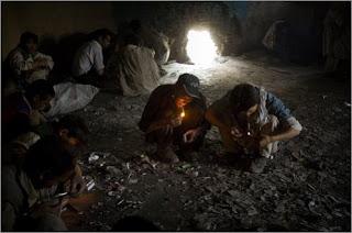 Opium den: Afghanistan