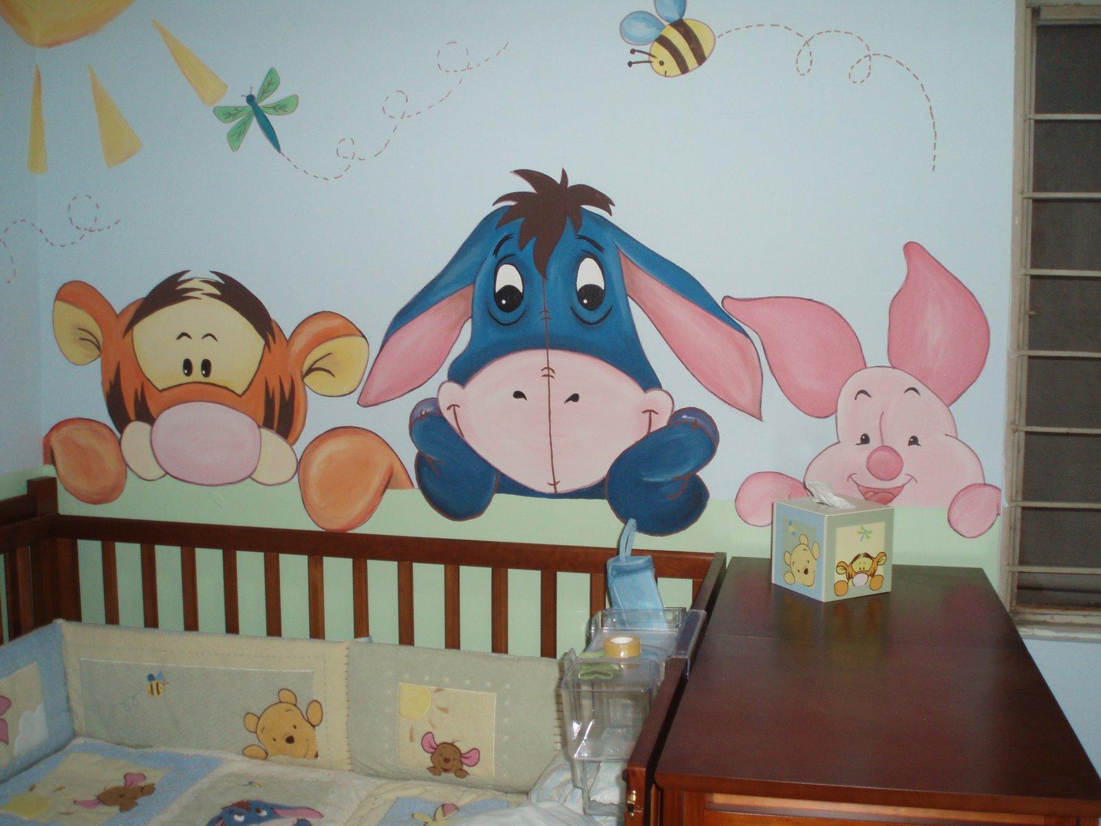 Murales infantiles mirando al bebe recamara phoo y sua amigos for Decoracion de recamaras de ninos