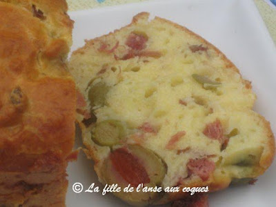 Cake Jambon Olives Cheddar