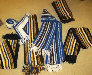 6 crocheted scarves for homeless