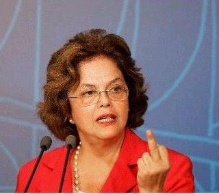 dilma rousseff mostra dedo do meio