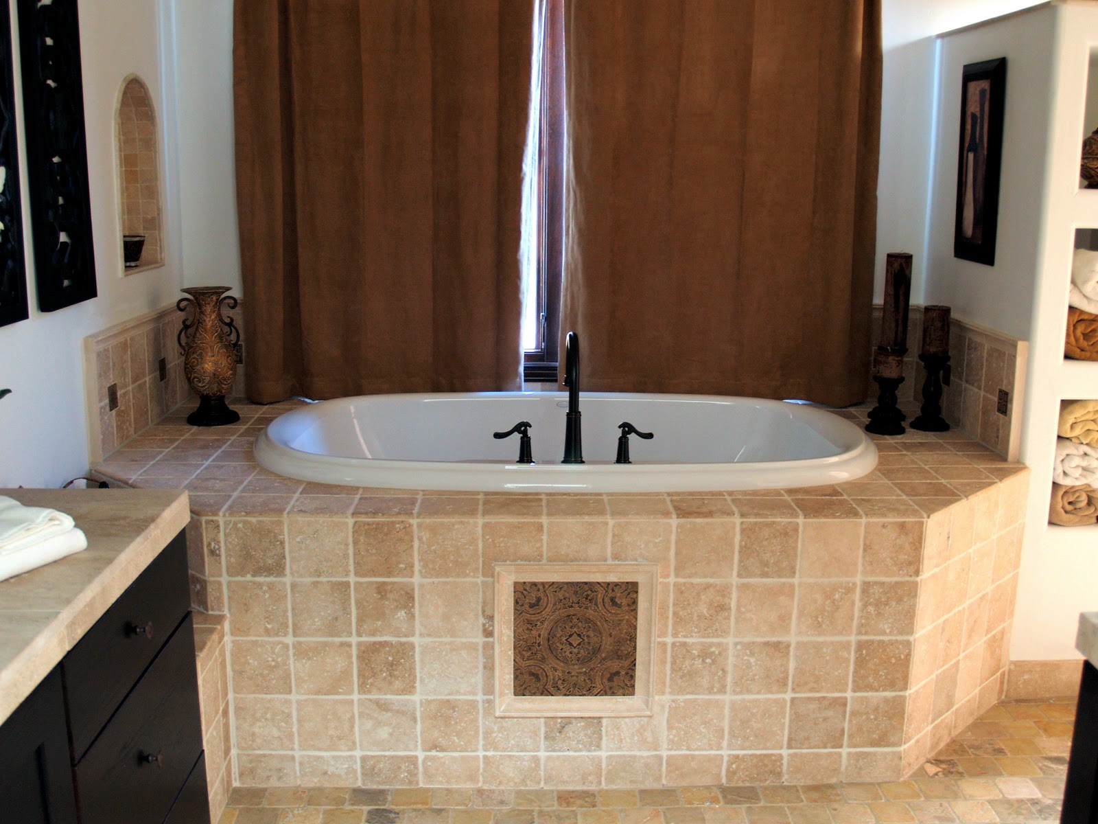 Dusty wheeler stone tile tile stone projects for Bathroom tiles spain