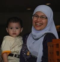 Aniq & ibu