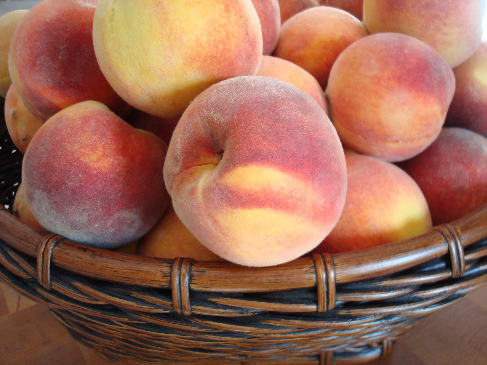 ... Mom!: Nature's Bounty for a Hot Summer Day! Easy Peach-Lime Sorbet