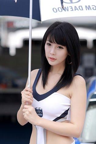 Prios Home: Hwang Mi Hee vs Lee Ji Woo [Umbrella Girl]