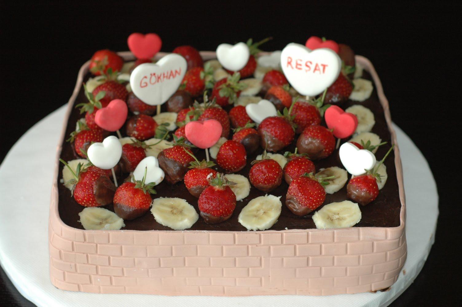 Meyveli Doğum Günü Pastası Videosu