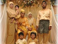 Abang dan famili..