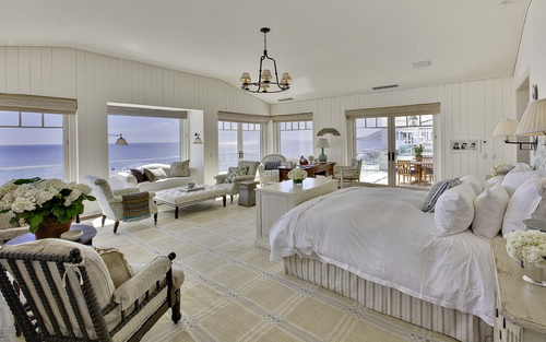I Like The Way This Oceanfront Bedroom Chose To Downplay The Colors And Focus On The Spectacular Ocean But It Remains Very Inviting At The Same Time
