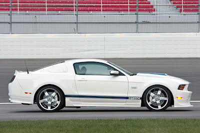 new car Ford Mustang Shelby GT350 2011 picture