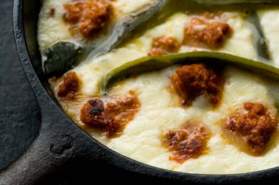 queso flameado