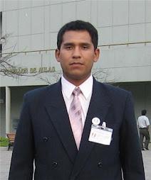 Profesor de computación Miguel Medina