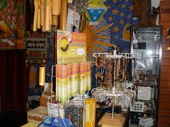 Vários Artigos:Incensos;Fios,Pulseiras;Pedras semi-preciosas;Panos;Espanta Espiritos em Banbu ,etc